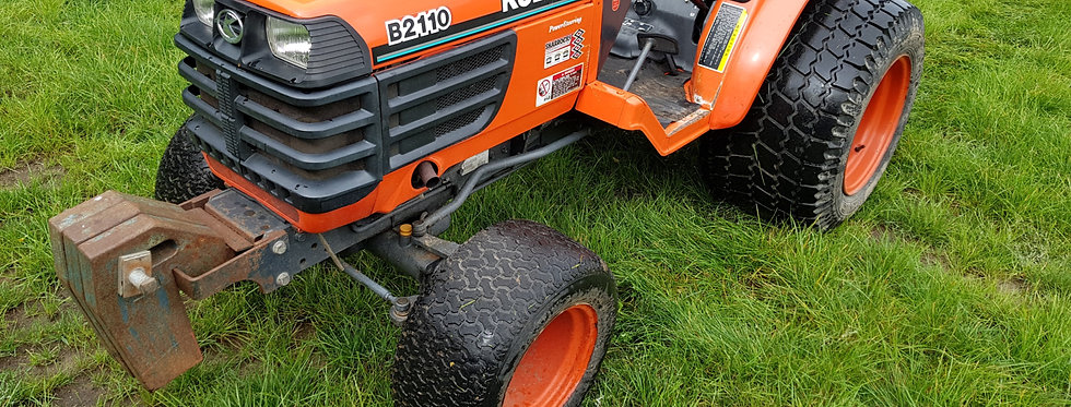 Used Kubota Compact Tractor B2110 HST Hydro Static Tractor On Large Turf Tyres