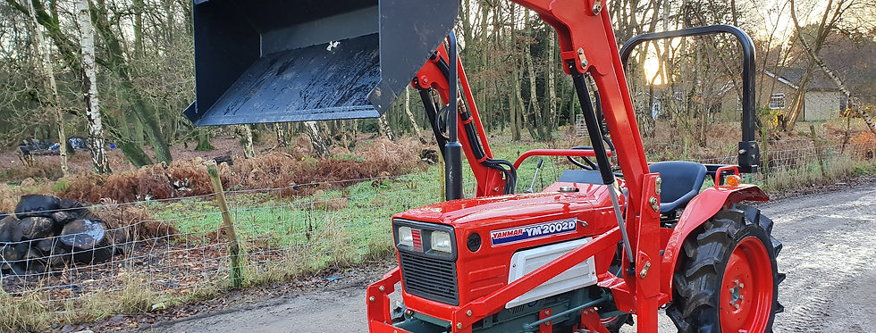 Yanmar Compact Tractor YM2002 4WD with Front Loader