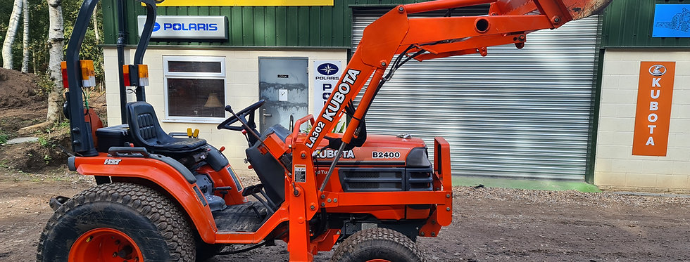 Kubota Compact Tractor B2400 HST  Tractor Front Loader