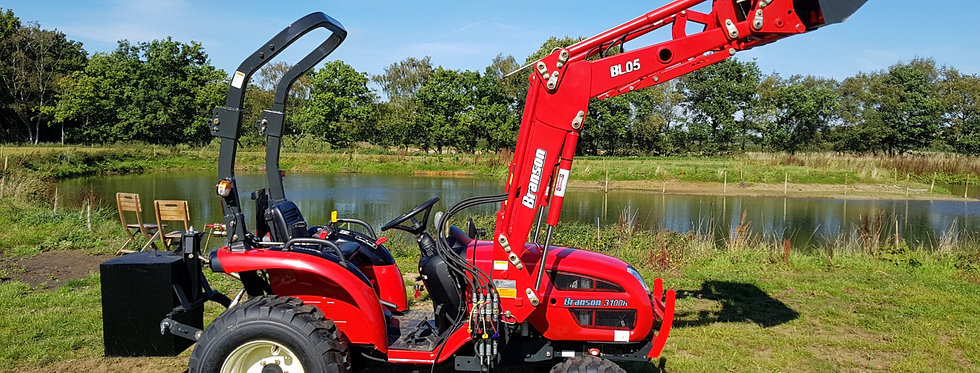 Branson Tractors 3100H with Front Loader