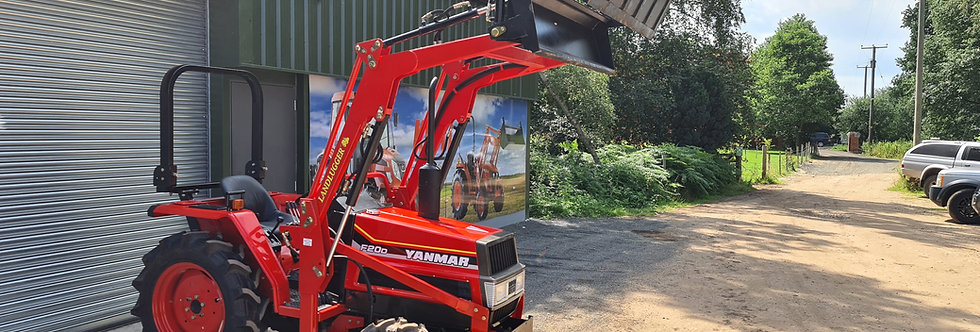 Yanmar Compact Tractor F20D 4WD with Front Loader 4 in 1 Bucket