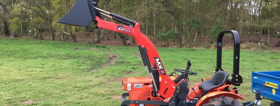 B7100D Used Kubota With Loader   Tractor With Loader For Sale UK