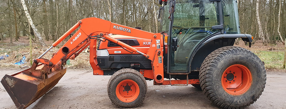 Kubota Tractor L5030 Front Loader Large Turf Tyres