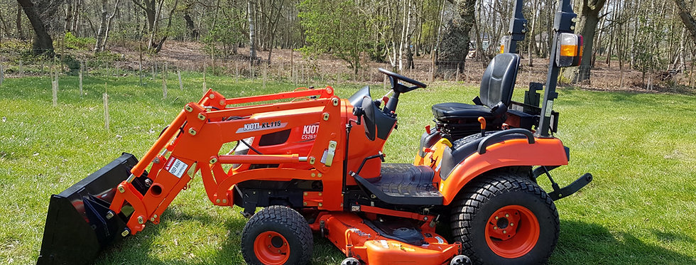 Kioti Compact Tractor CS 2610 HST + Tractor Mower | Compact Tractors For Sale UK