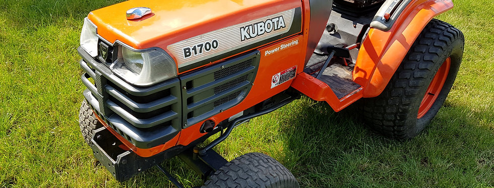 Kubota Compact Tractor B1700 HST  Tractor On Large Turf Tyres