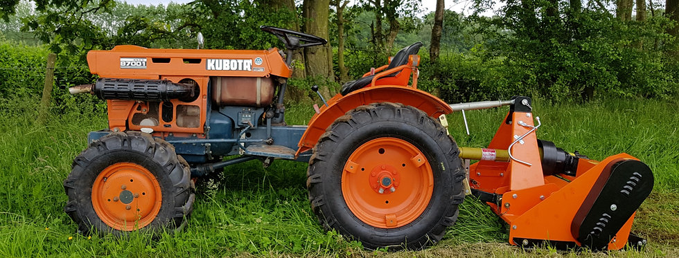 Kubota Compact Tractor 7100D 4WD WITH FARMMASTER 1.15M BRUSH ROLLER FLAIL MOWER