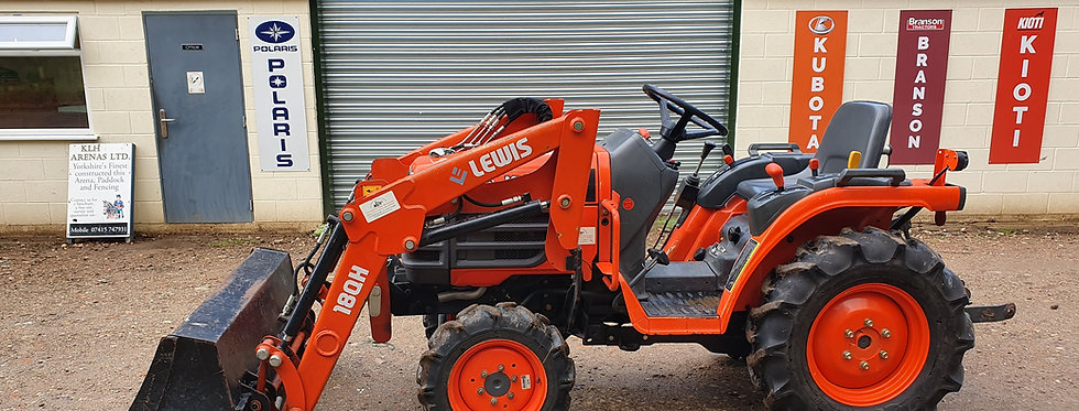 Kubota Compact | Tractor Kubota With Loader | Tractor With Loader For Sale UK