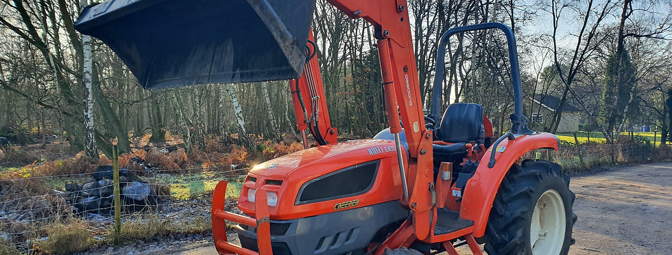 Kioti EX35D 4WD Kioti Compact Tractor  4WD with Front Loader