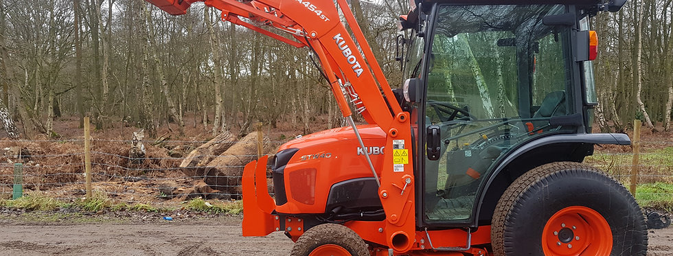 Kubota Compact Tractor STW40  | Used small tractors with loader
