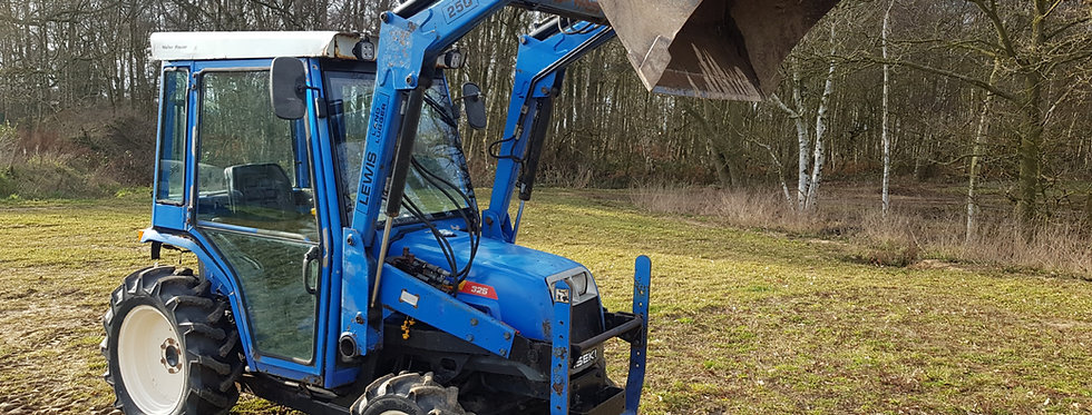 Iseki  Compact Tractor TF325 With Front End Loader & Heated Cab