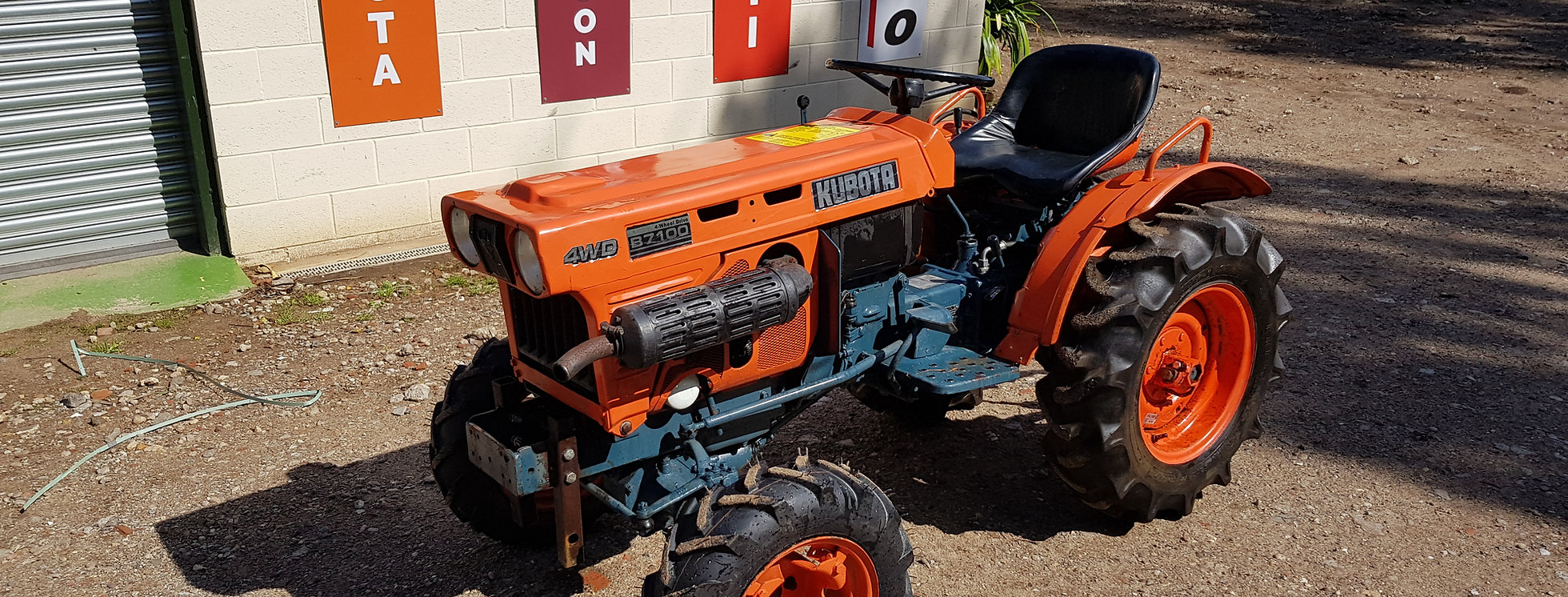 B7100D Kubota Compact Tractor   Compact Tractors For Sale UK