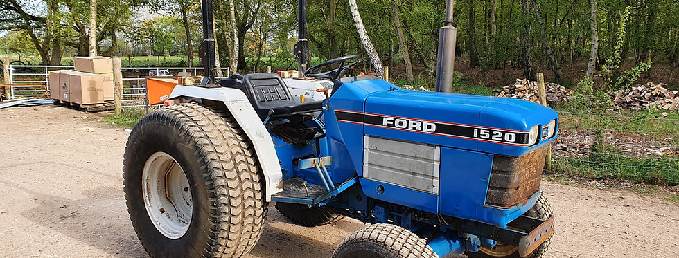 Ford Compact Tractor 4WD 1520 Big Super Turf Tyres