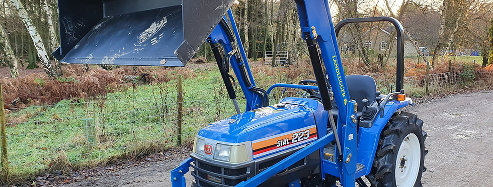 Iseki Compact Tractor TM223 4WD with Front Loader