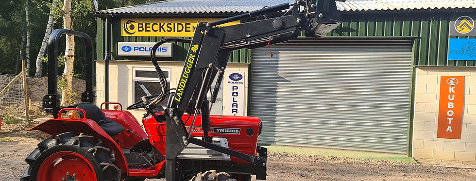 Yanmar Compact Tractor YM1702  4WD with 4IN1 Front Loader