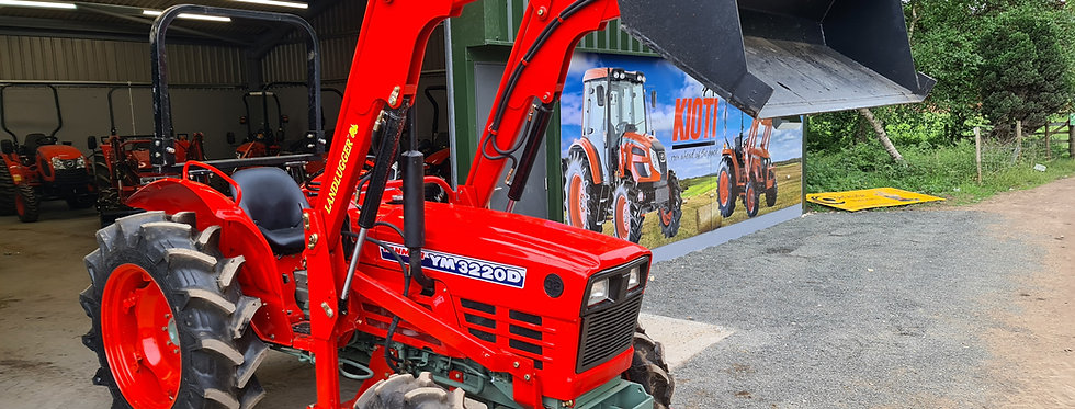 Yanmar Compact Tractor YM3220  4WD with Front Loader