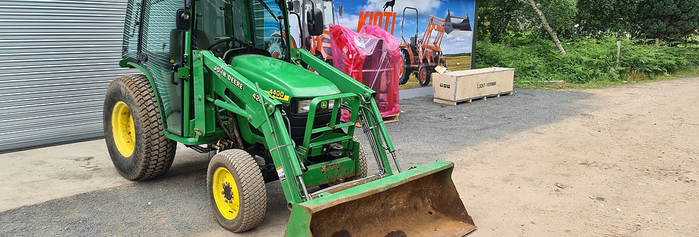 John Deere Loader Tractor For Sale 4400 Cab and Loader on Turf Tyre