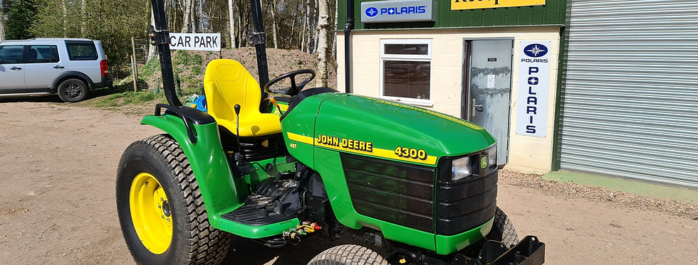4300 John Deere Compact Tractor HST