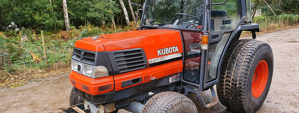 Kubota Tractor L3600 Cab Tractor | Used small tractors
