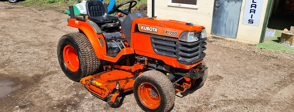 "Kubota Compact Tractor B1700 60"" Mid Deck Mower On Large Turf Tyres"