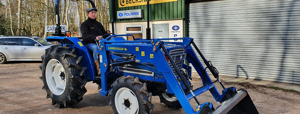 Iseki Compact Tractor With Loader | Large Tractor With Loader TL3201