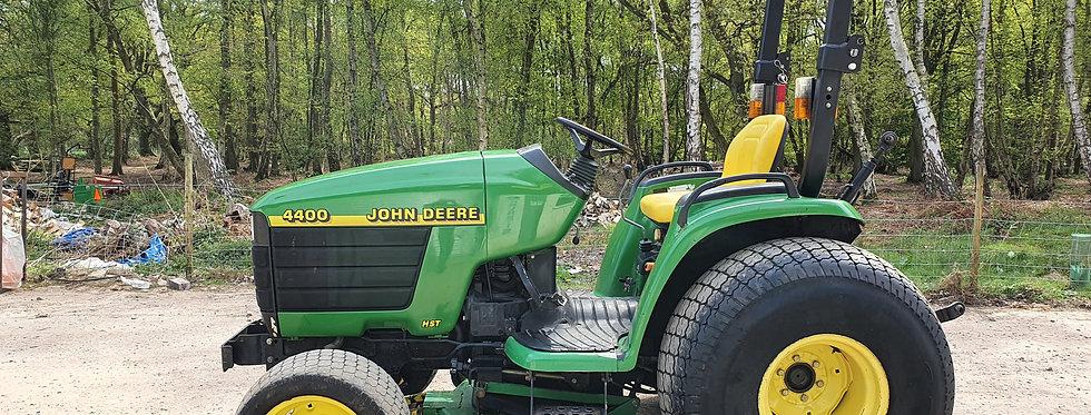 """John Deere 4400 Compact Tractor 36HP HST & 60"""" Mid Deck Mower"""