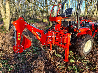 bh15 compact tractor backhoe 1.jpg