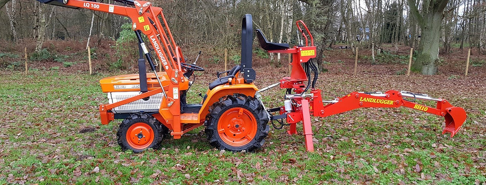 Kubota B1500D Compact  Compact Tractor 4WD Front Loader & Back Hoe Digger