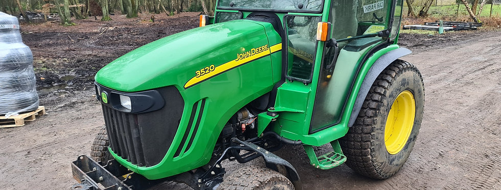 3520 HST John Deere Compact Tractor For Sale