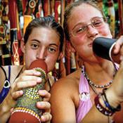 assets_images_admin_women_play_didgeridoo.jpg