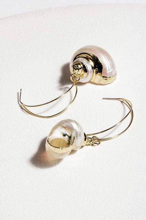 Seaside Shell Hoop Earring