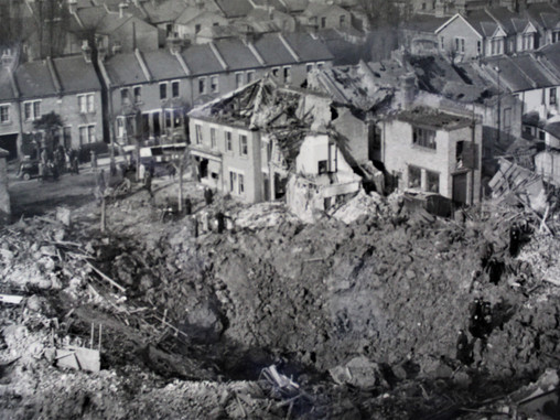 4th Feb 1941 - Death, destruction, heroism and hope.