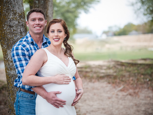 5 Tips for What to Wear: Maternity Session