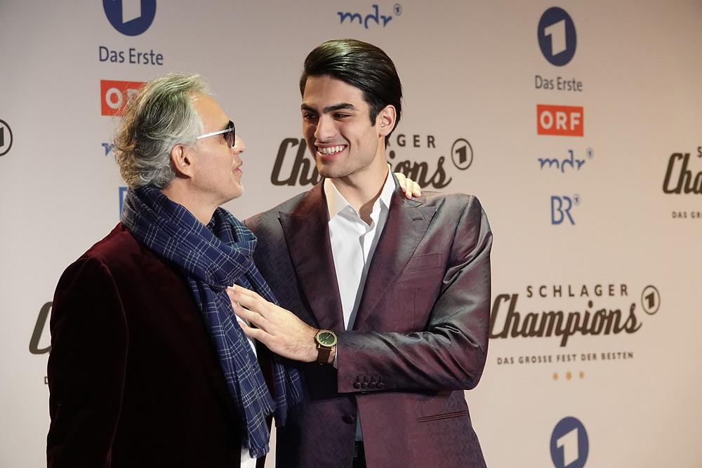Andrea&Matteo Bocelli: Strahlend, stolz und wunderschön