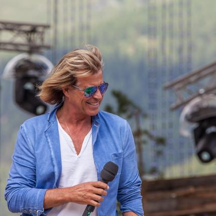 Hansi Hinterseer: Zum Geburtstag a Busserl
