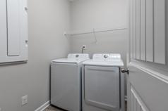 331_lenore_ct-21-laundryjpg