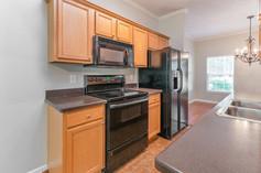 1803-masons-creek-cir-8x10-08-kitchen