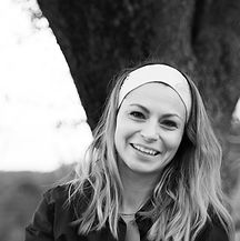 Portrait_Laetitia_BW.jpg