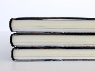 Design av boken til Erik Alfred Tesaker fra NRK-serien Oppfinneren