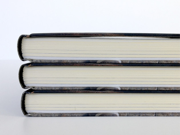Design av boken til Erik Alfred Teaker fra NRK-serien Oppfinneren