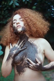 Ana Harff_portrait_2019_ (1).jpg