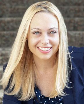 JenniferHutchins001[bio].jpg