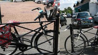 Je le gare où mon vélo ?