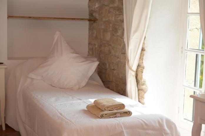 Mont+Sec+single+bed.jpg