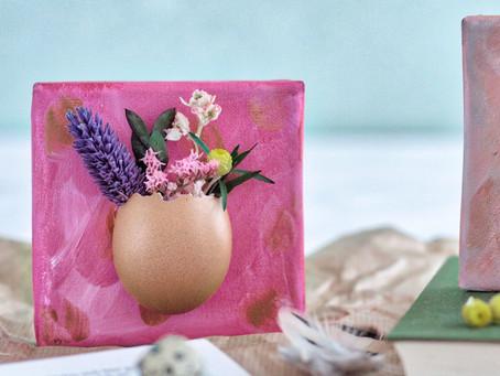 Trockenblumen treffen Hühnereier