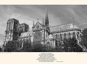640px-Hommage_à_Notre-Dame_de_Paris_Vict
