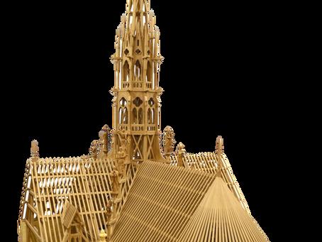 La « forêt » de Notre‐Dame reproduite en maquette par les Compagnons Charpentiers du Tour de France