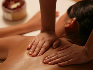 Top 10 things to look for in your massage therapist (and that gift voucher purchase)