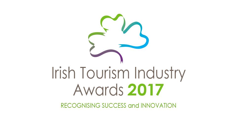 irish tourism industry logo