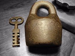 1800s-star-scandinavian-antique-lock_1_2