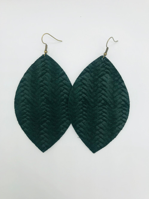 1ddfae6dbc10b1 PINE - braided leather earrings
